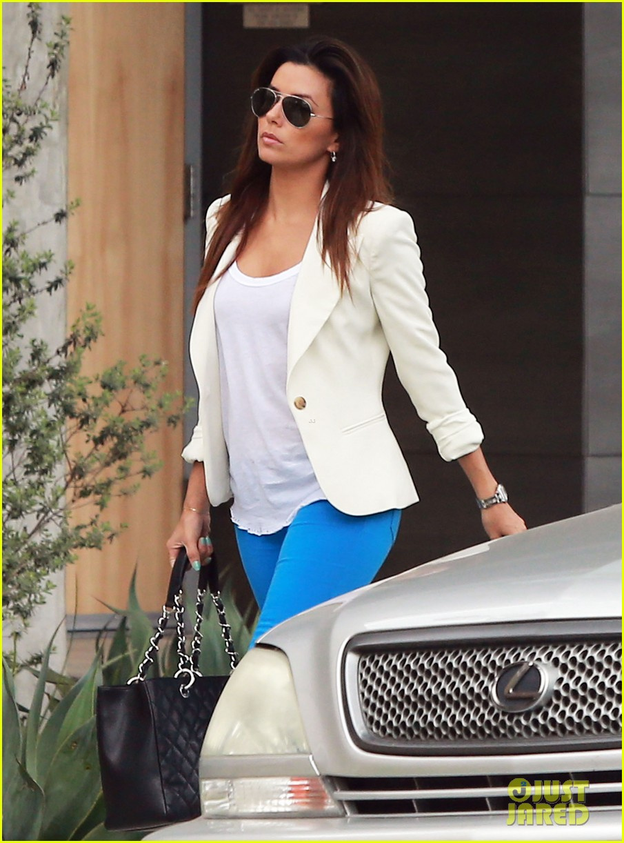 eva longoria errands before food chains fundraiser 122857903