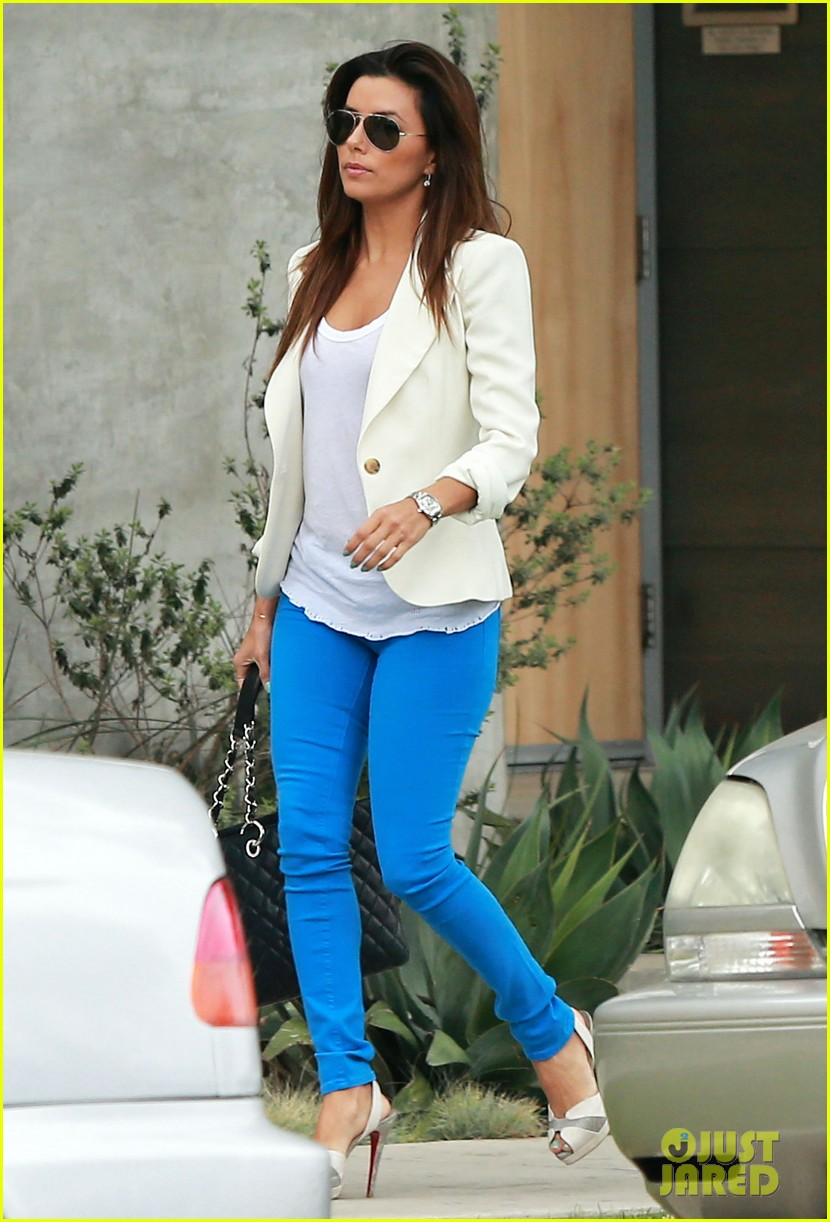 eva longoria errands before food chains fundraiser 13