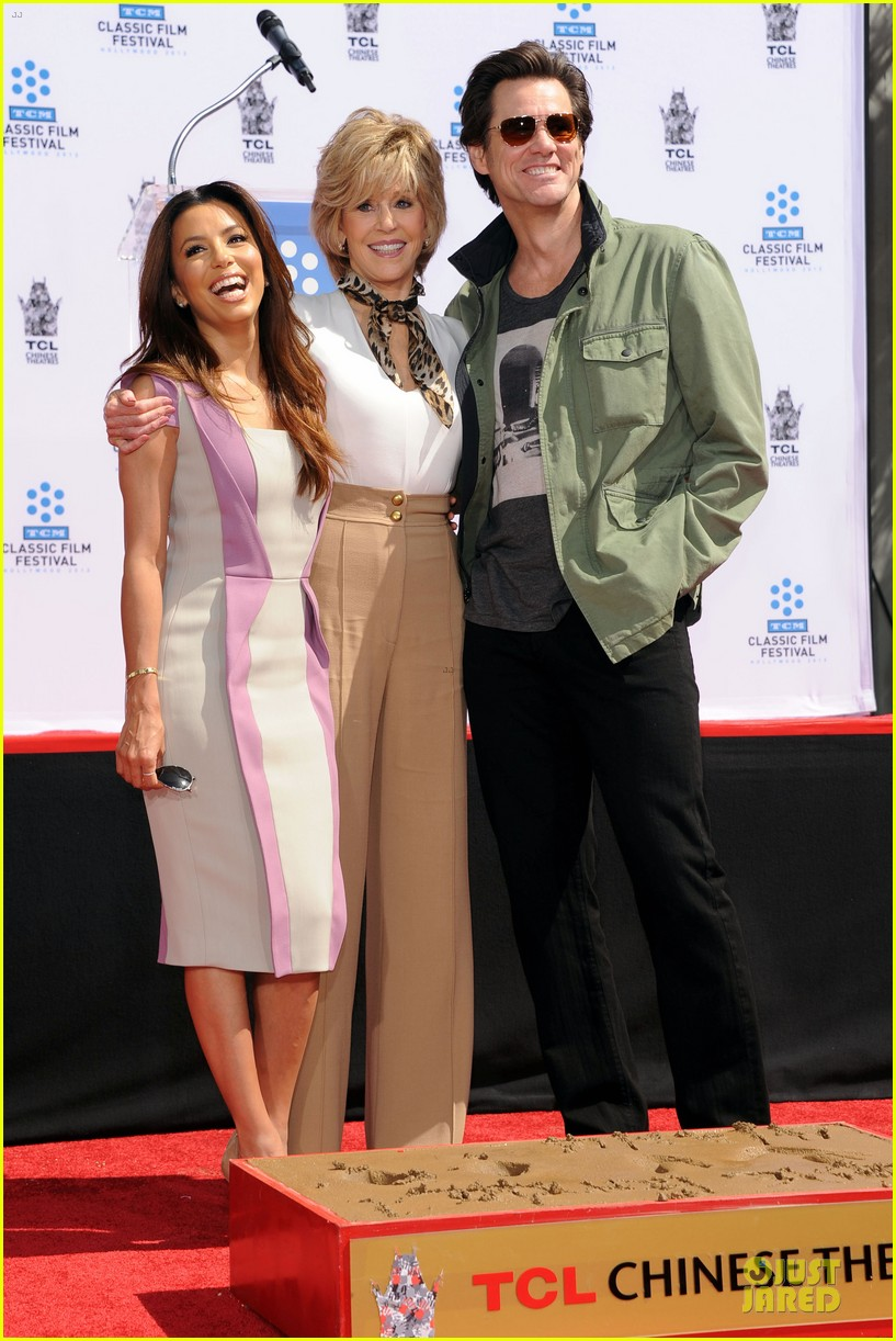 eva longoria jane fonda hollywood hand footprint ceremony 012859430