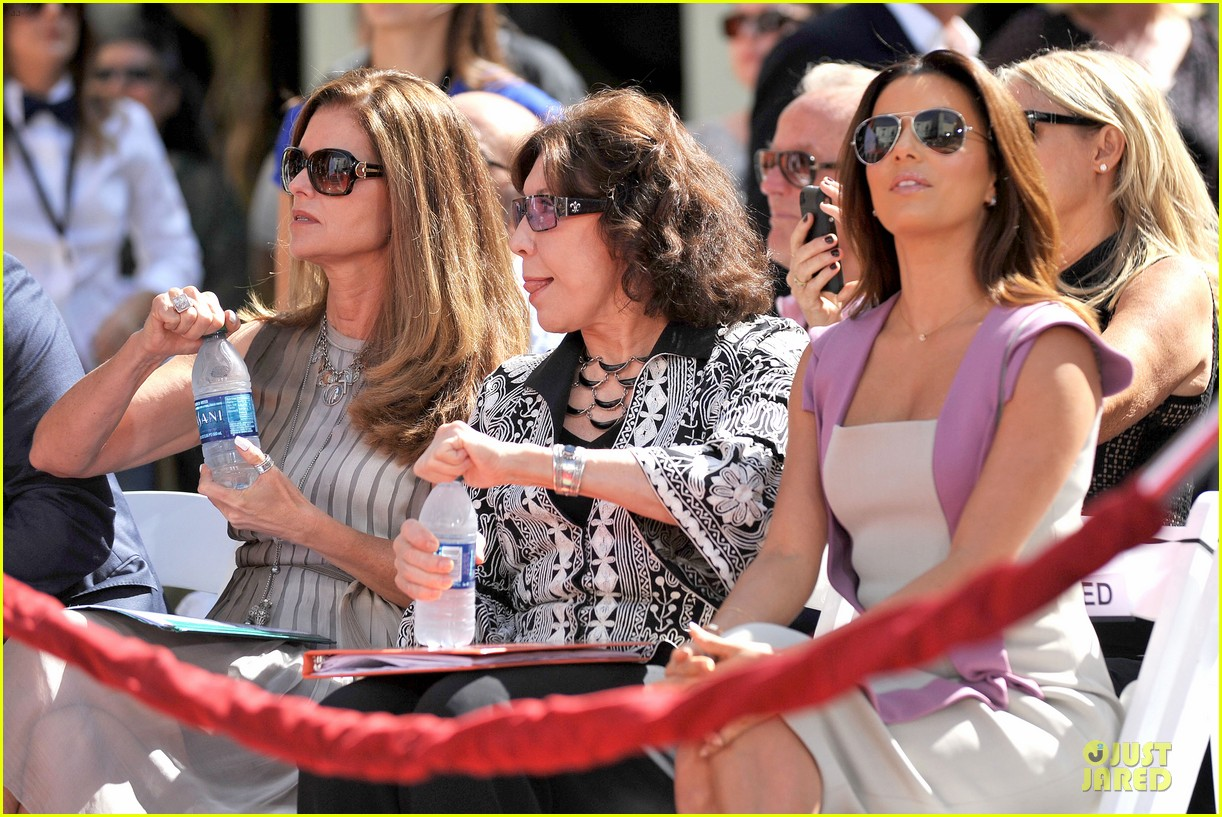 eva longoria jane fonda hollywood hand footprint ceremony 182859447
