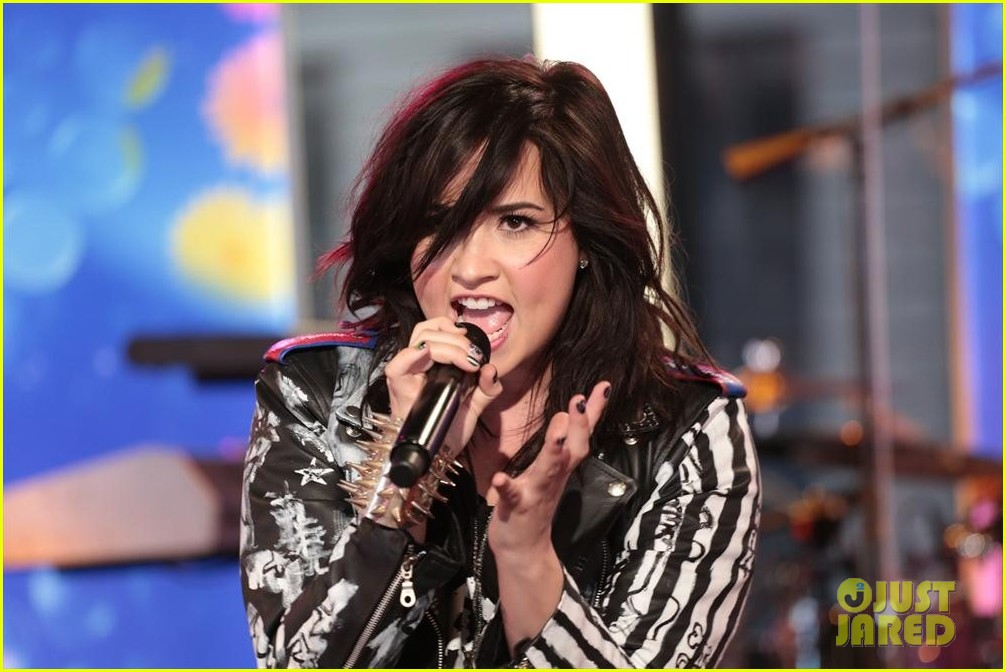 demi lovato heart attack on gma watch now 022846857