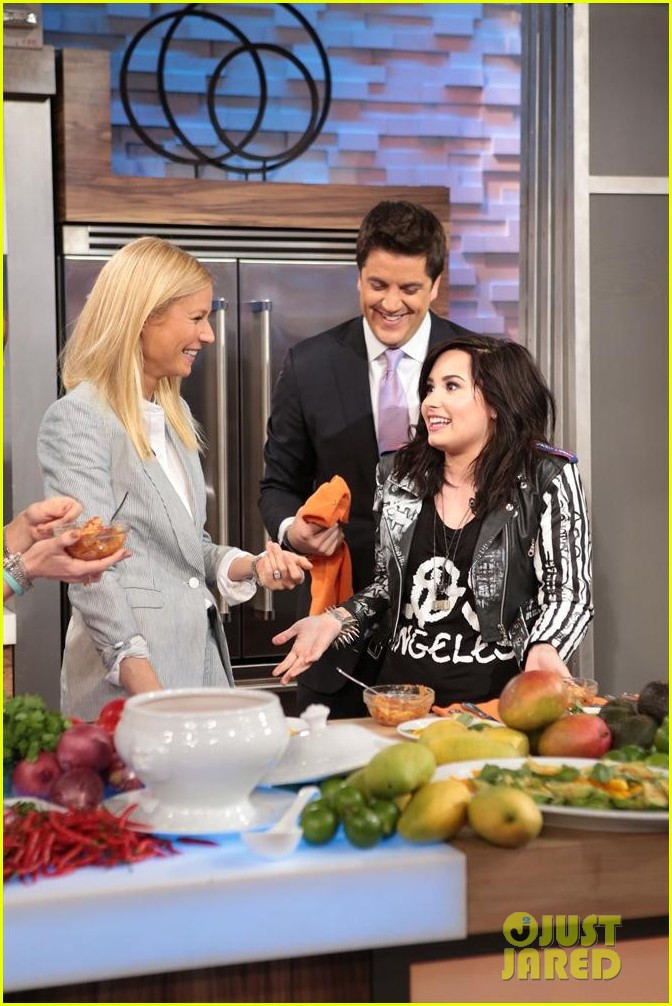 demi lovato heart attack on gma watch now 03