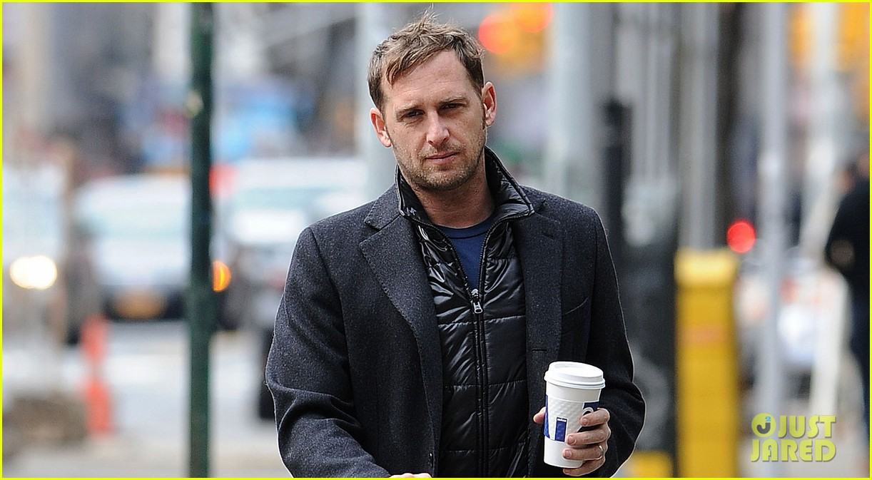 josh lucas manhattan afternoon with noah 022841356