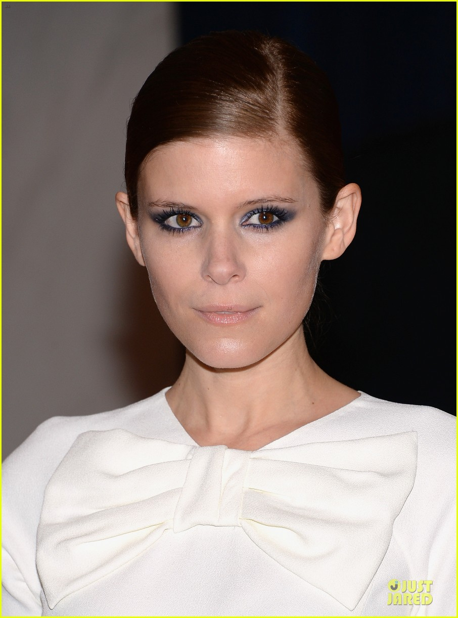 kate mara white house correspondents dinner 2013 red carpet 022859466