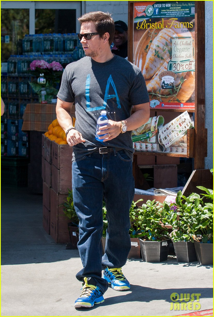mark wahlberg i dont like spray tans 092853707