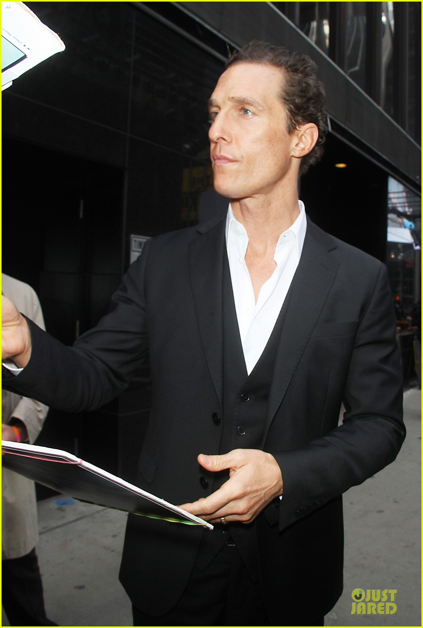 matthew mcconaughey chats about reese witherspoon after arrest 262856192