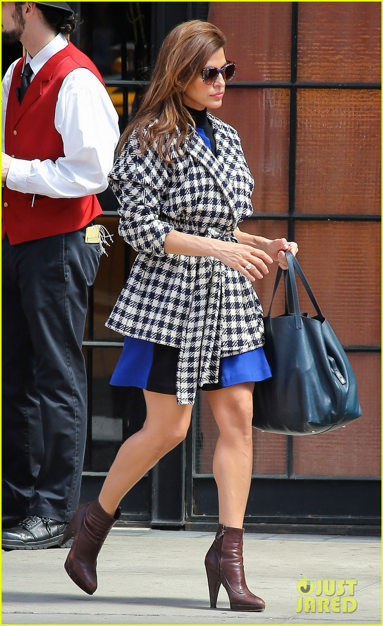 eva mendes i cant believe designers use real fur 062852797