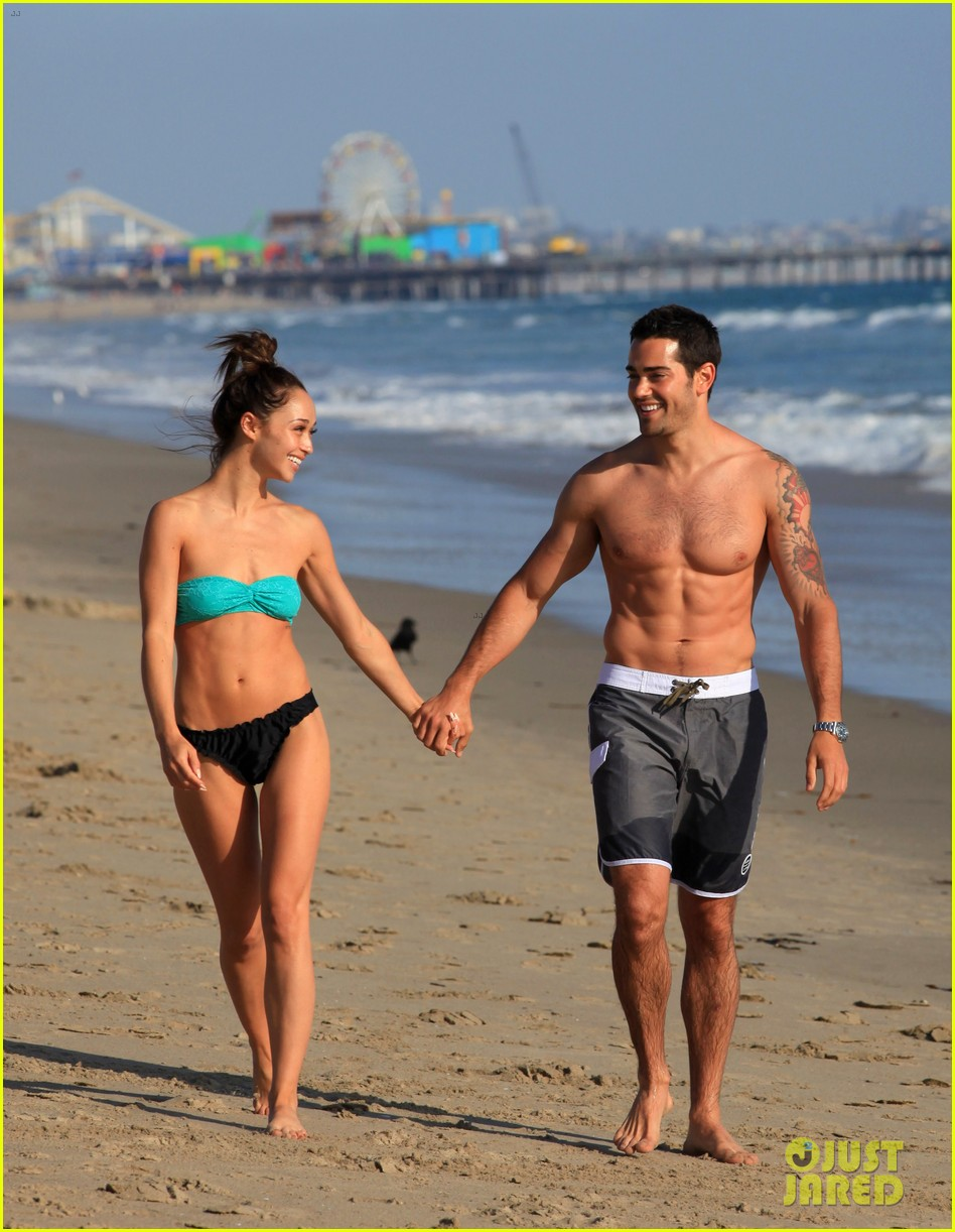 jesse metcalfe shirtless six pack beach stud 042860626