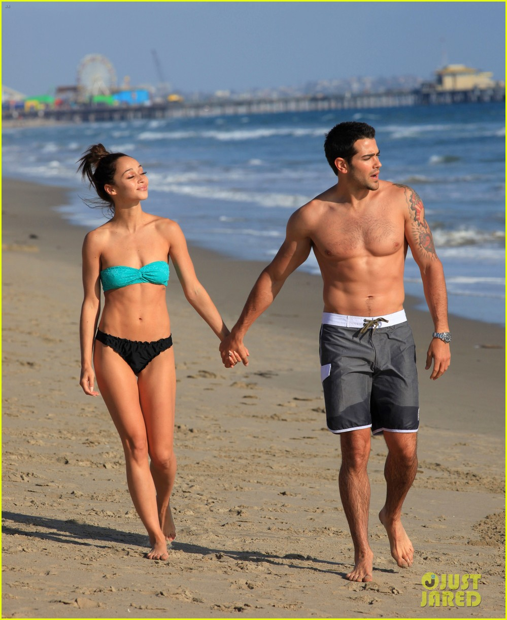 jesse metcalfe shirtless six pack beach stud 222860644