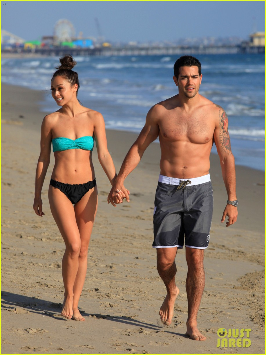 jesse metcalfe shirtless six pack beach stud 232860645