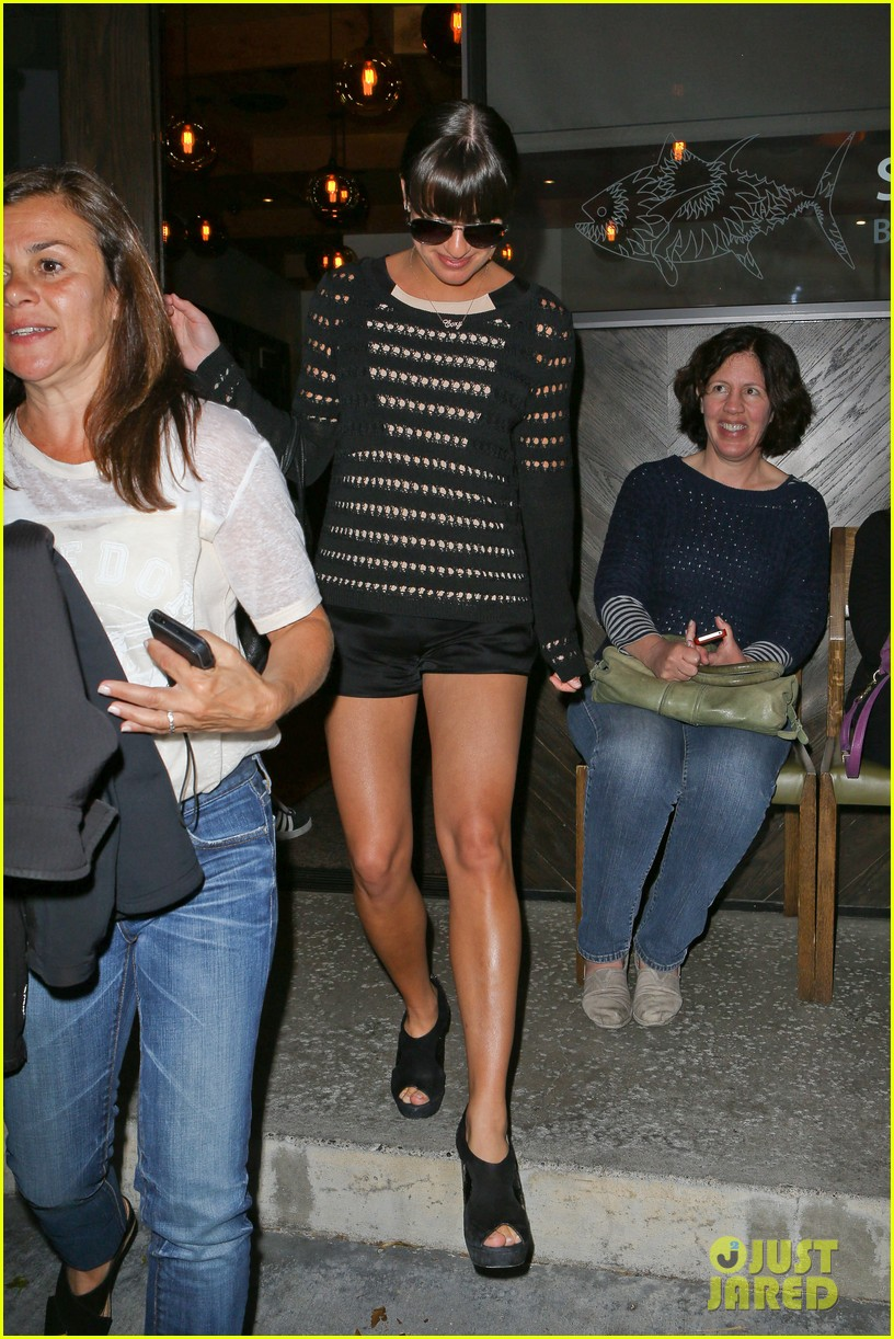 lea michele dinner with parents after jonathan groff hike 072848051