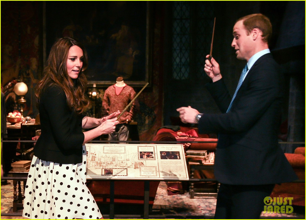 kate middleton prince william harry potter wand battle 25