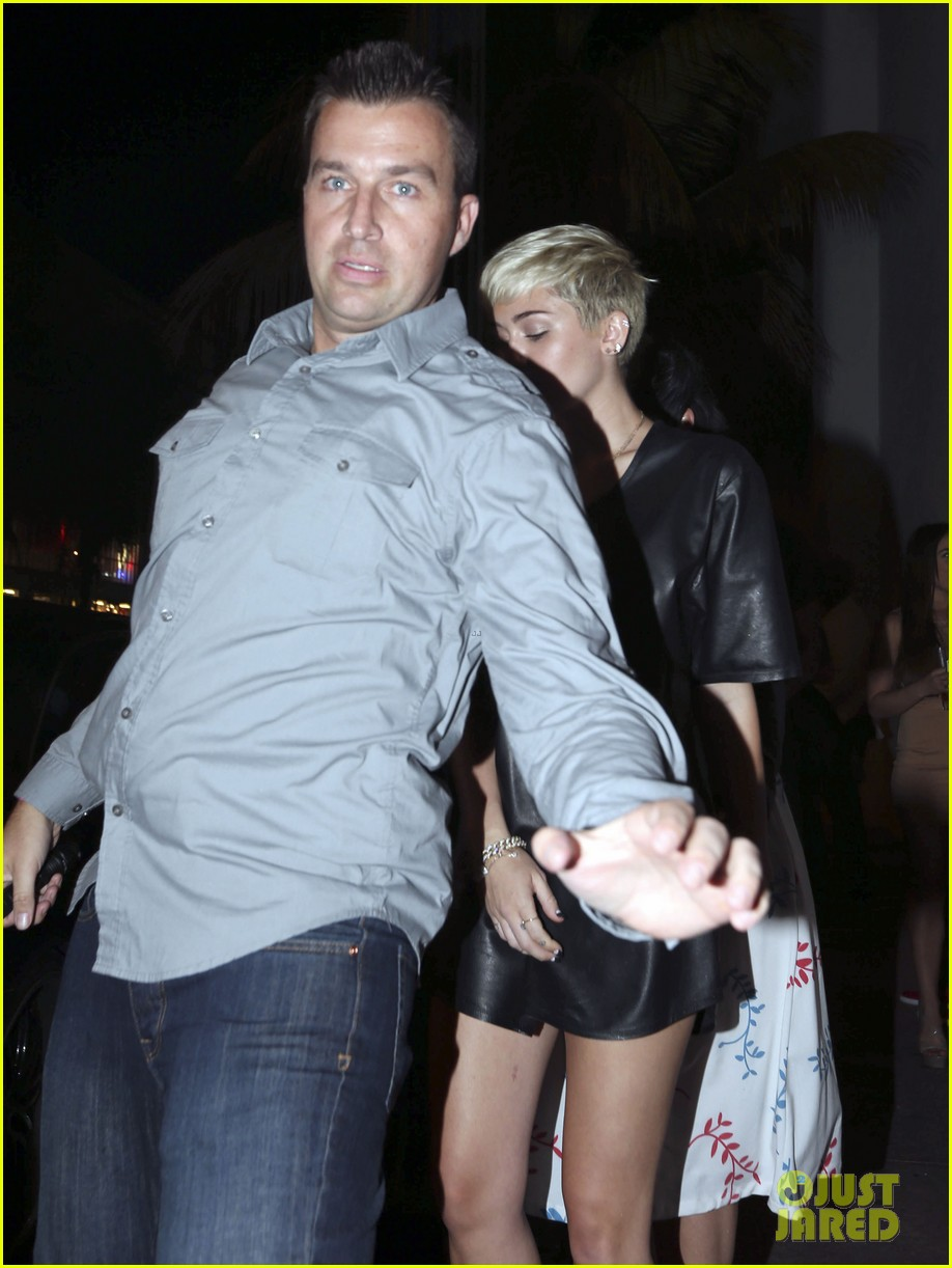 miley cyrus miami night out 05
