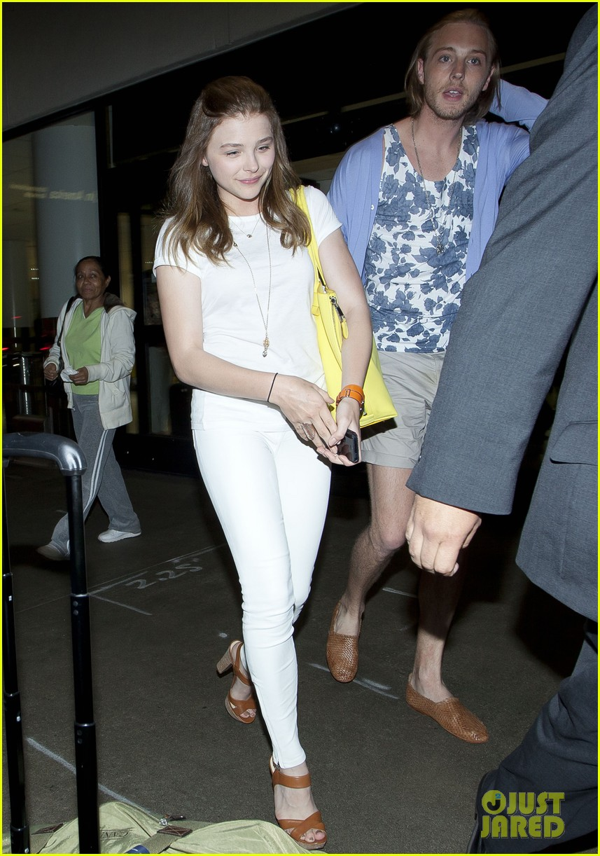 chloe moretz from cancun to lax 032855471