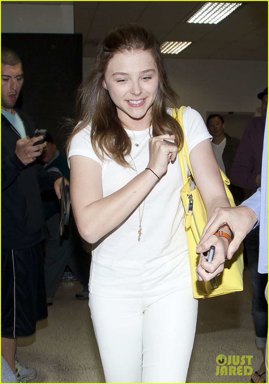 chloe moretz from cancun to lax 042855472
