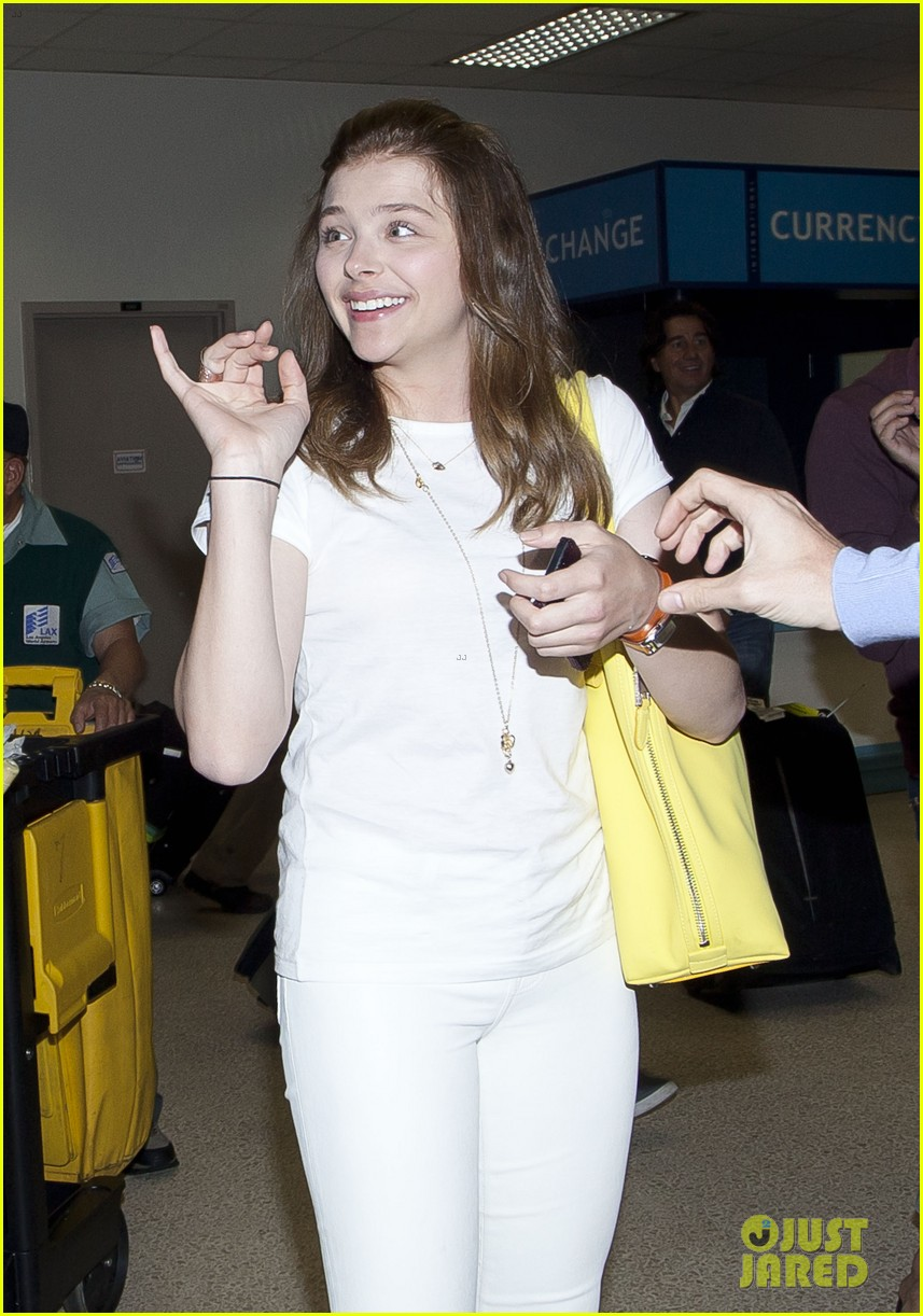 chloe moretz from cancun to lax 082855476