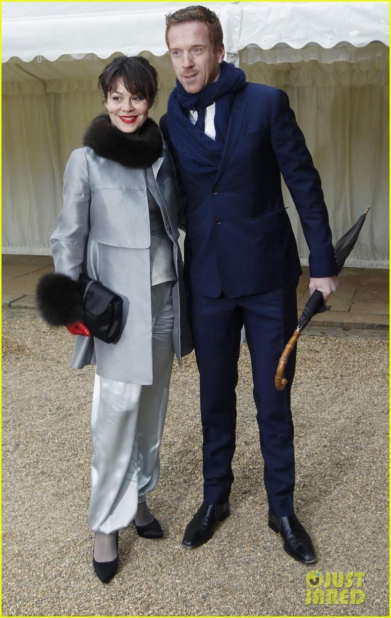 carey mulligan eddie redmayne meet queen at film reception 012843809