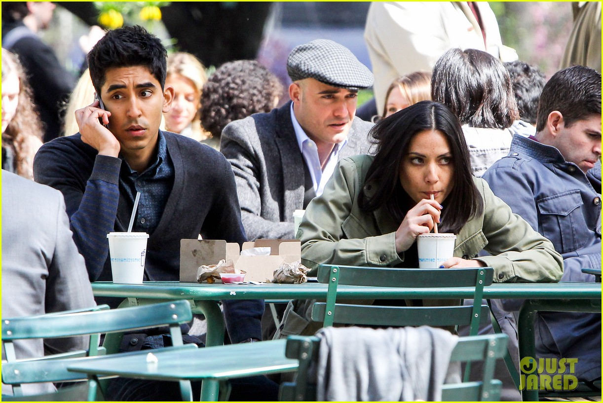 olivia munn dev patel newsroom filming 082857287