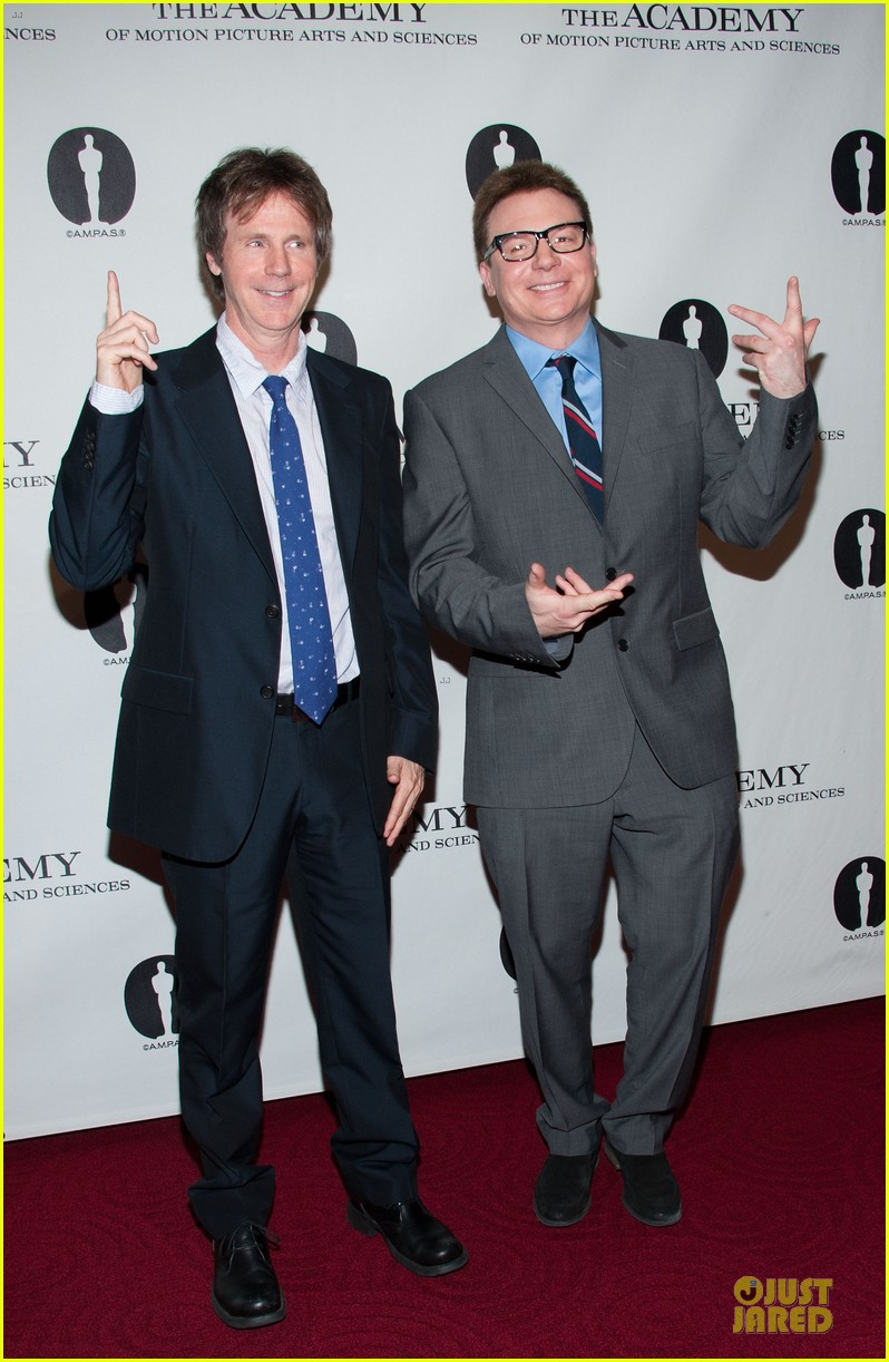 dana carvey mike myers waynes world reunion 112857055