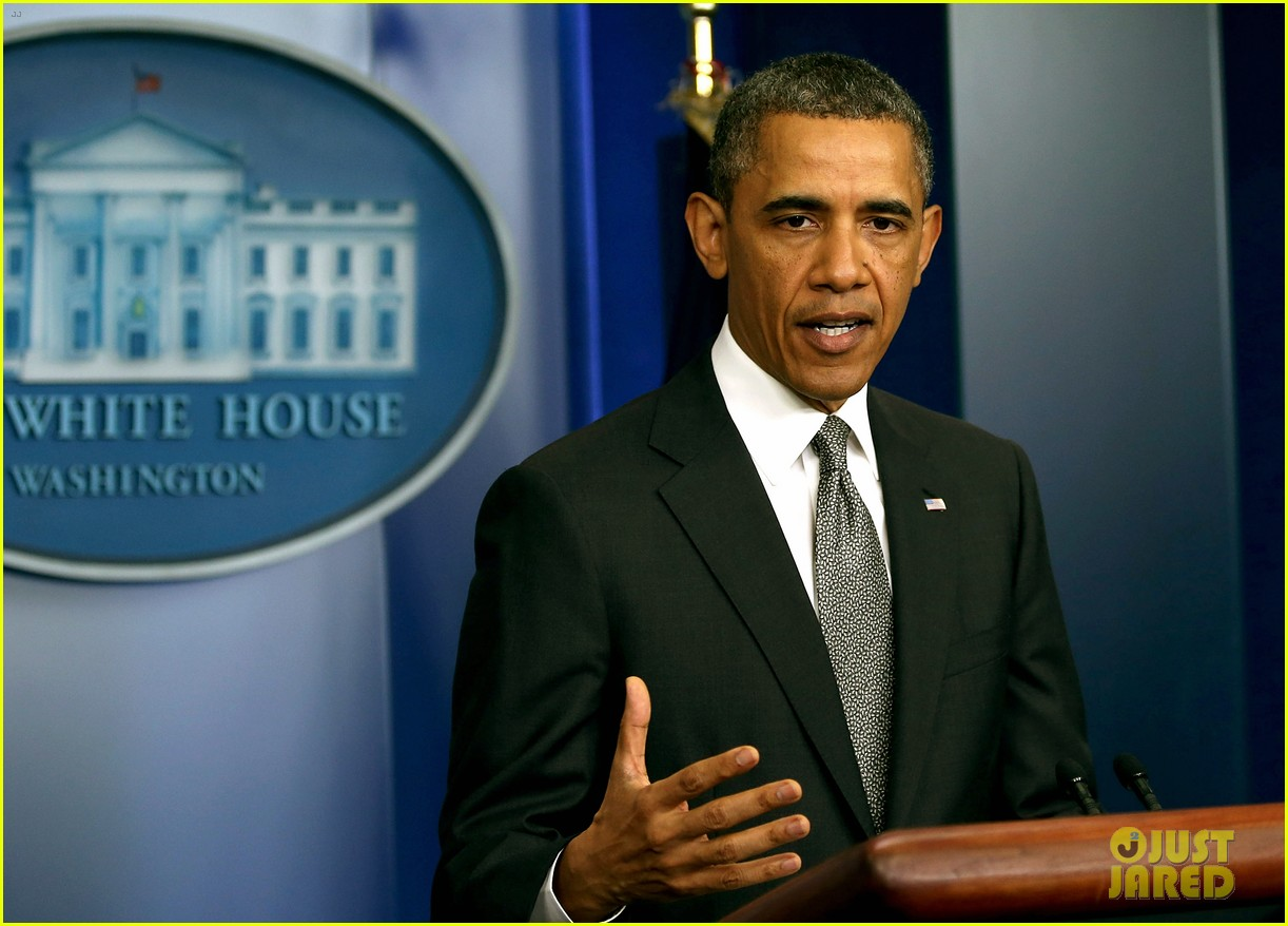 president obama calls boston bombing act of terrorism 012851459