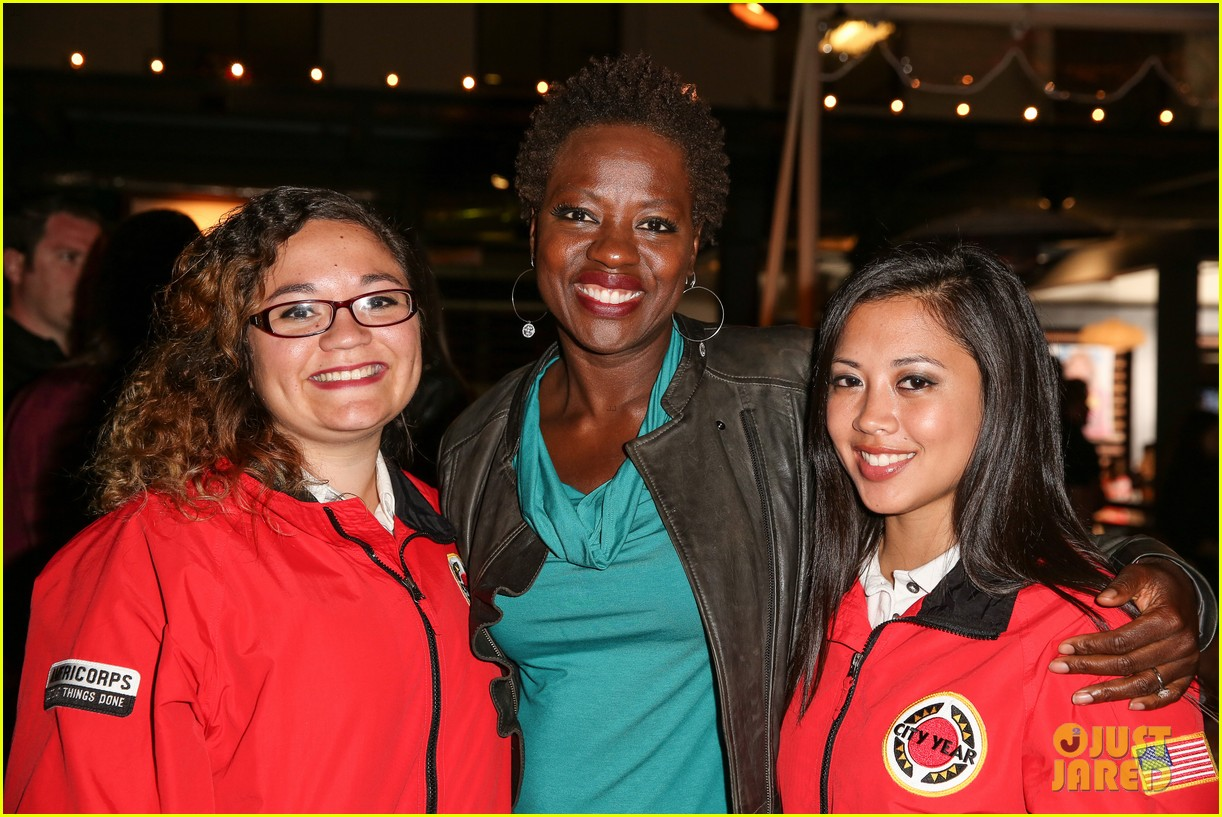 octavia spencer viola davis city year los angeles fundraiser 2013 072854685