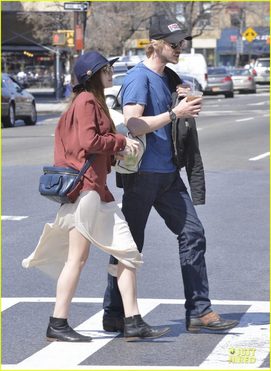 elizabeth olsen boyd holbrook soho strolling couple 192845882