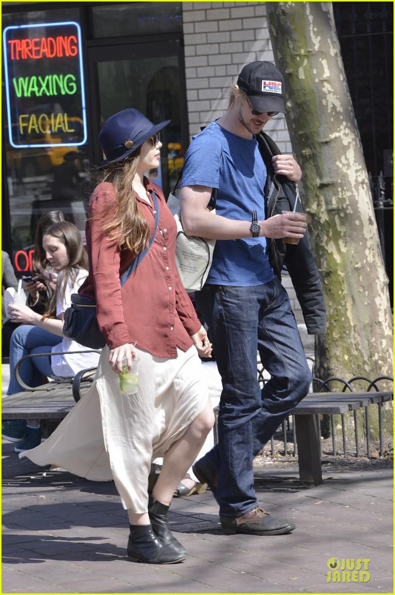 elizabeth olsen boyd holbrook soho strolling couple 242845887