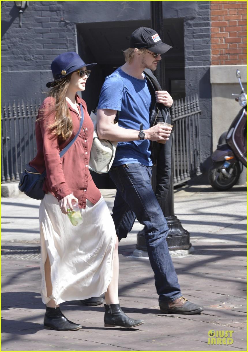 elizabeth olsen boyd holbrook soho strolling couple 252845888