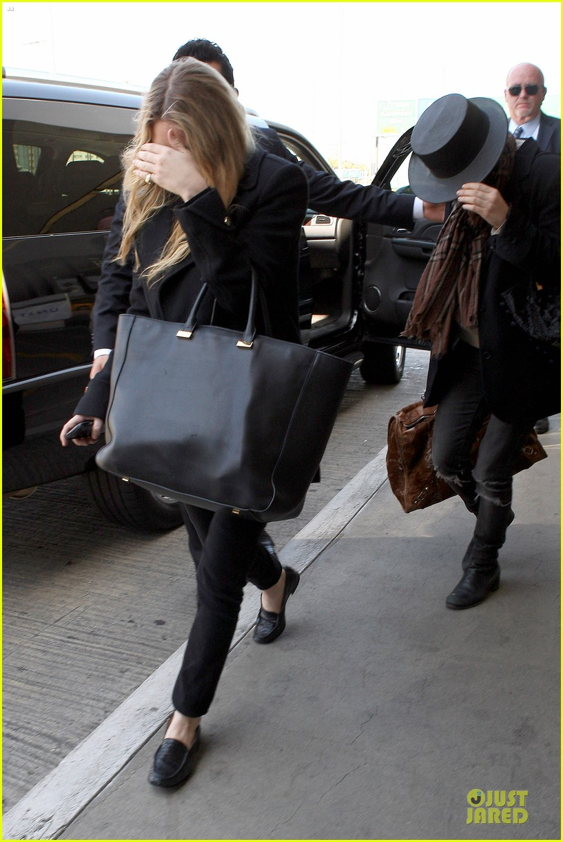 mary kate and ashley olsen chateau marmont hotel exit 052859230