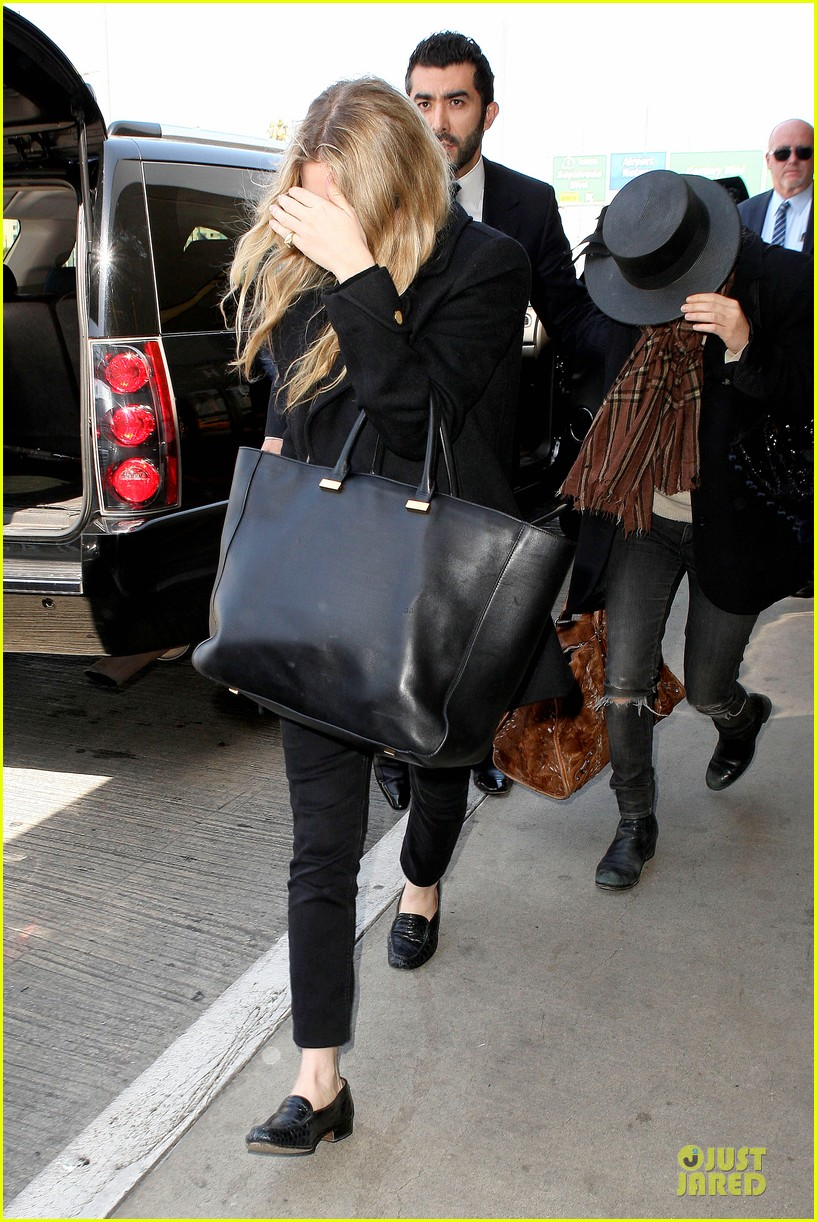 mary kate and ashley olsen chateau marmont hotel exit 092859234