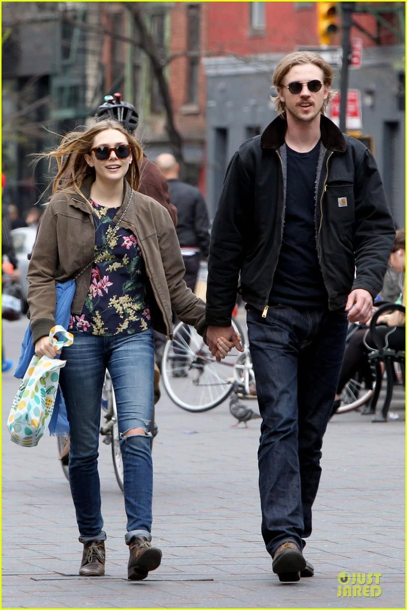 elizabeth olsen boyd holbrook holding hands in soho 012854130