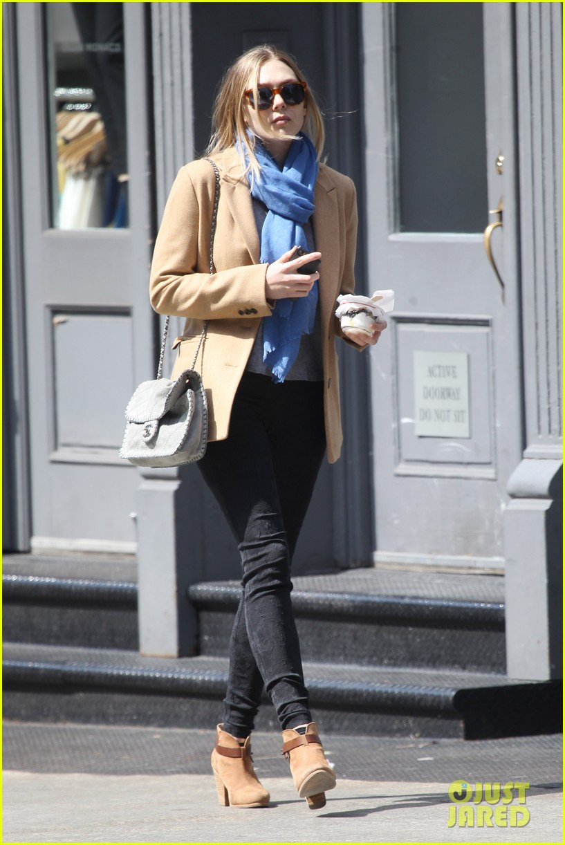 elizabeth ashley olsen separate big apple outings 03