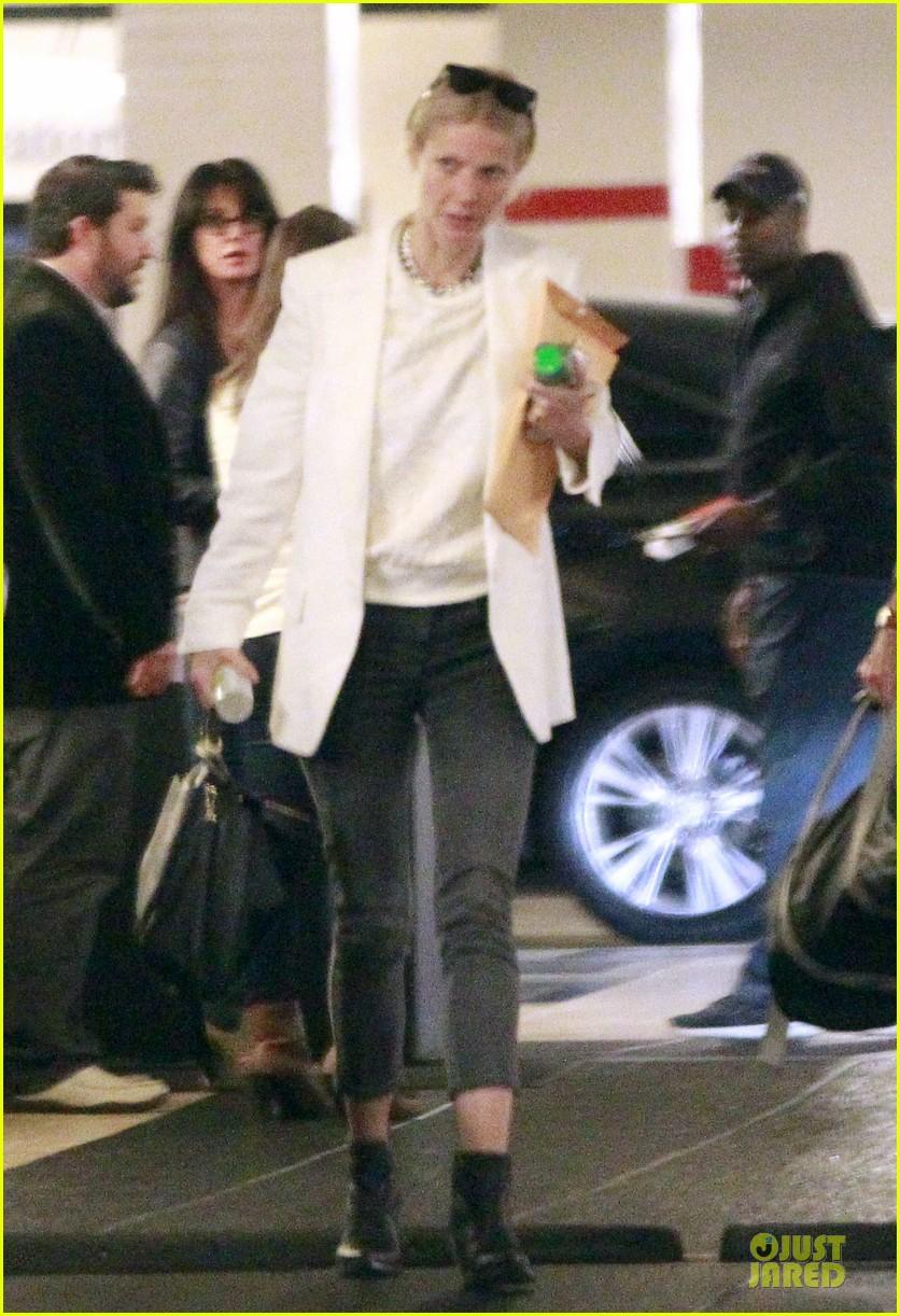 gwyneth paltrow chris martin is really funny 012843974