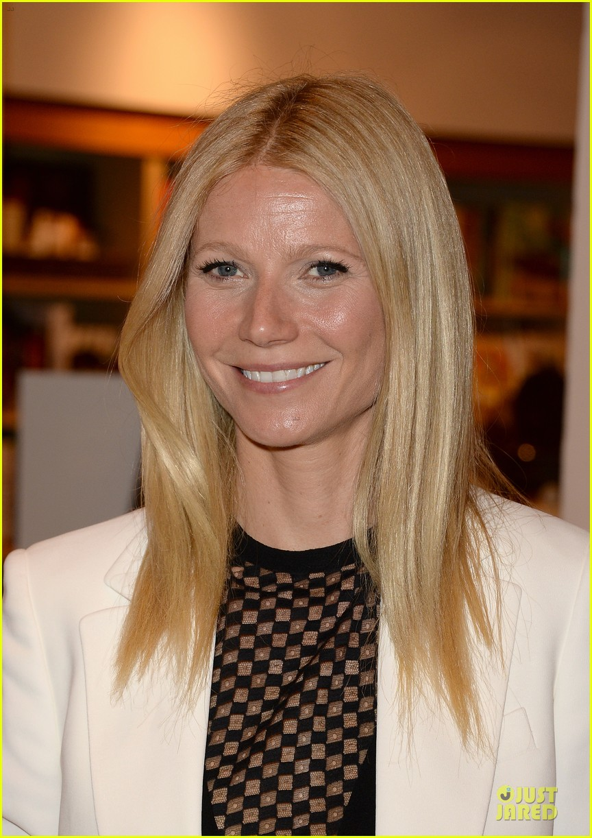 gwyneth paltrow my family came to book signing for the grove 12