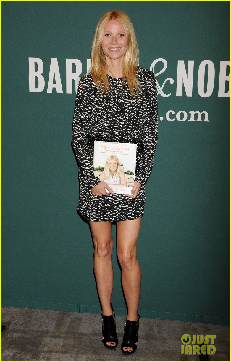 gwyneth paltrow its all good book signing 012842961
