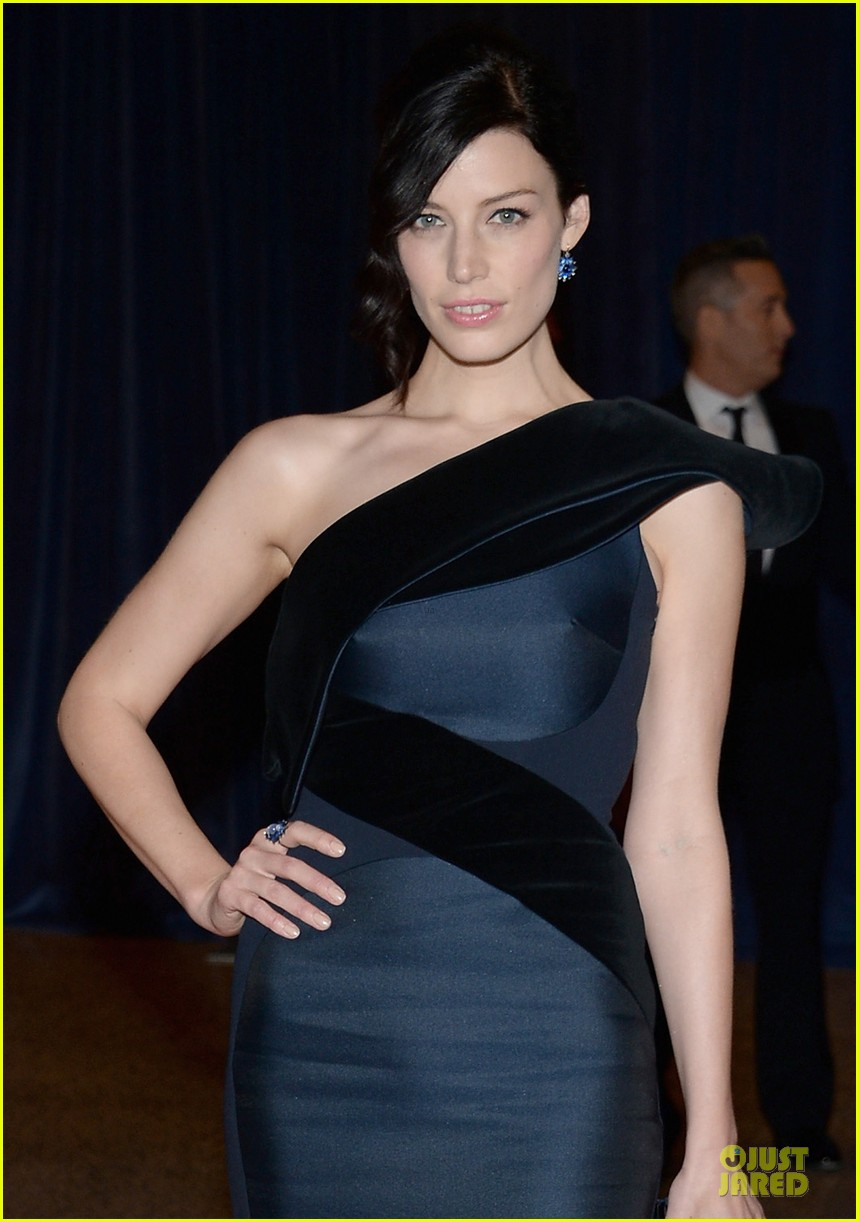 jessica pare white house correspondents dinner 2013 red carpet 062859501