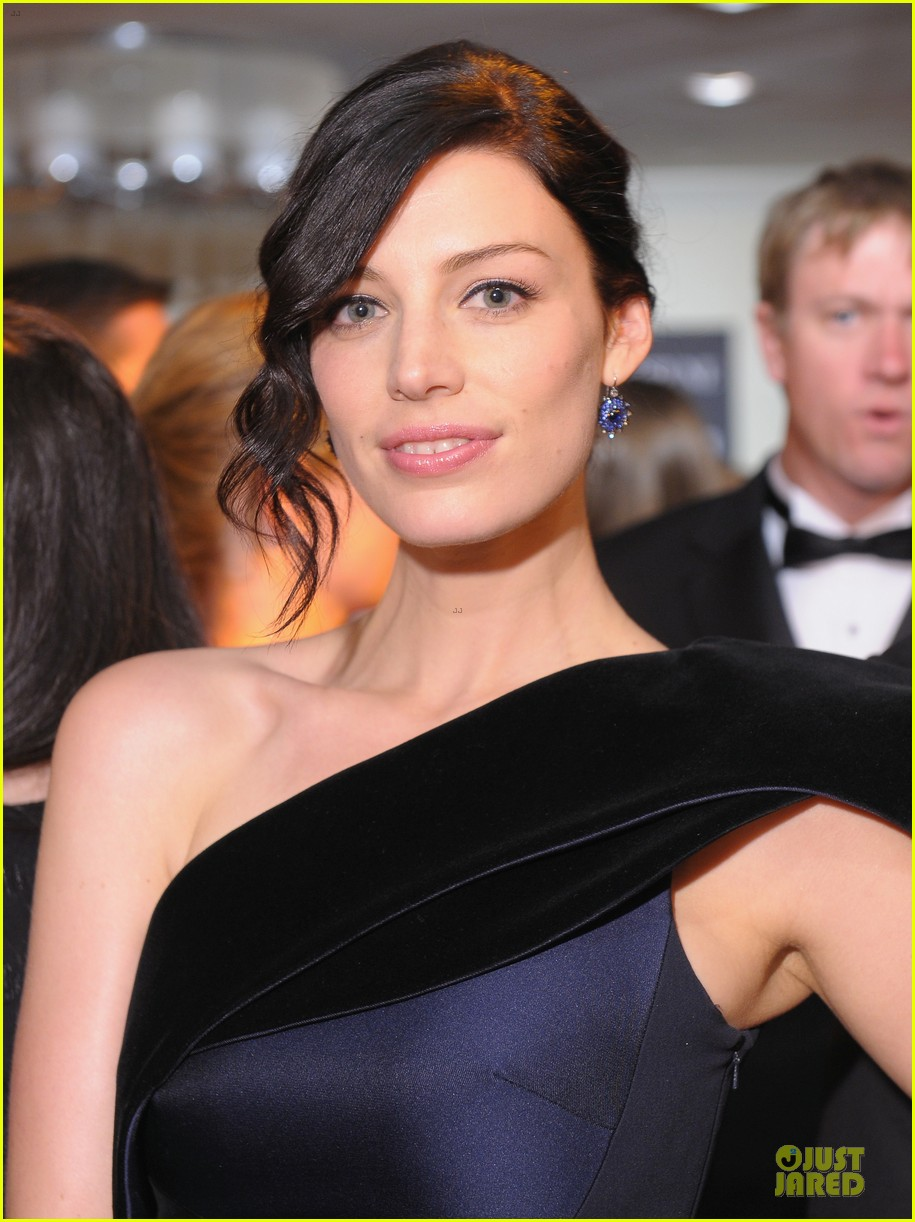 jessica pare white house correspondents dinner 2013 red carpet 082859503