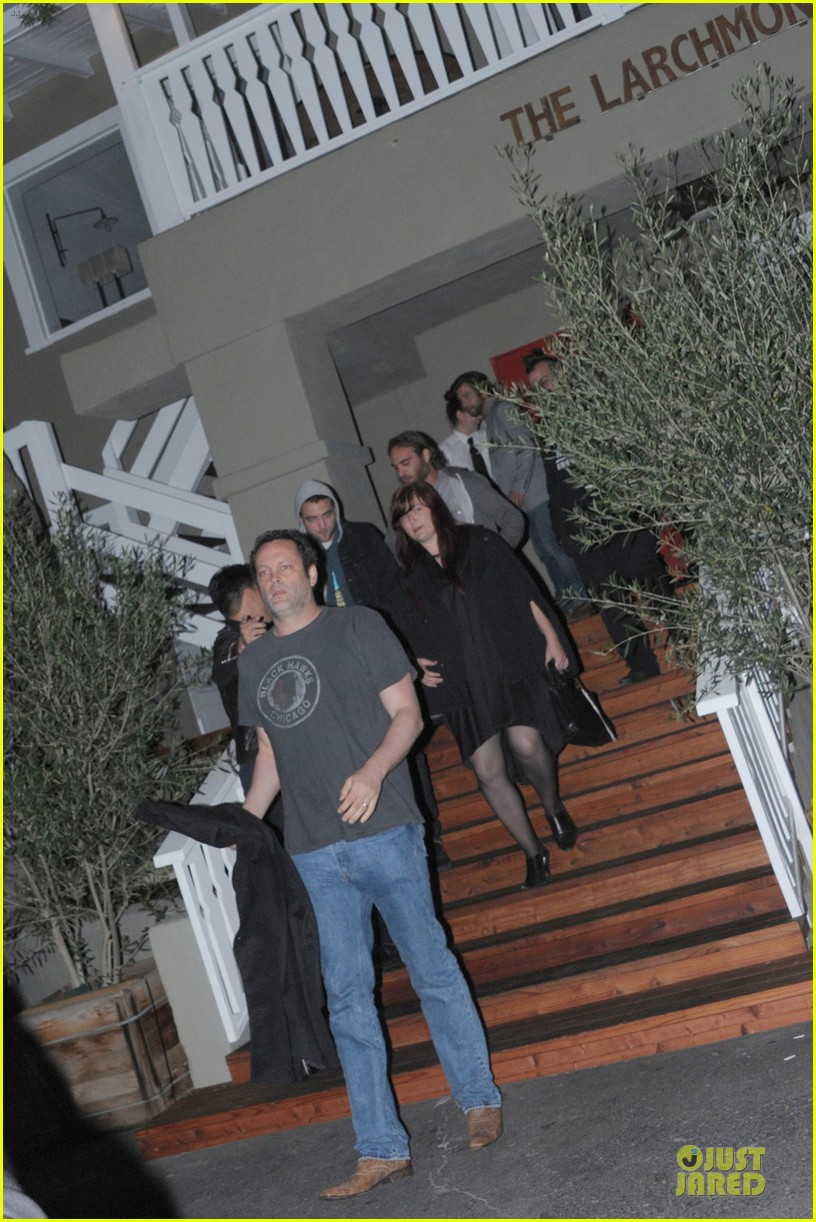 robert pattinson party with joaquin phoenix vince vaughn 052844194