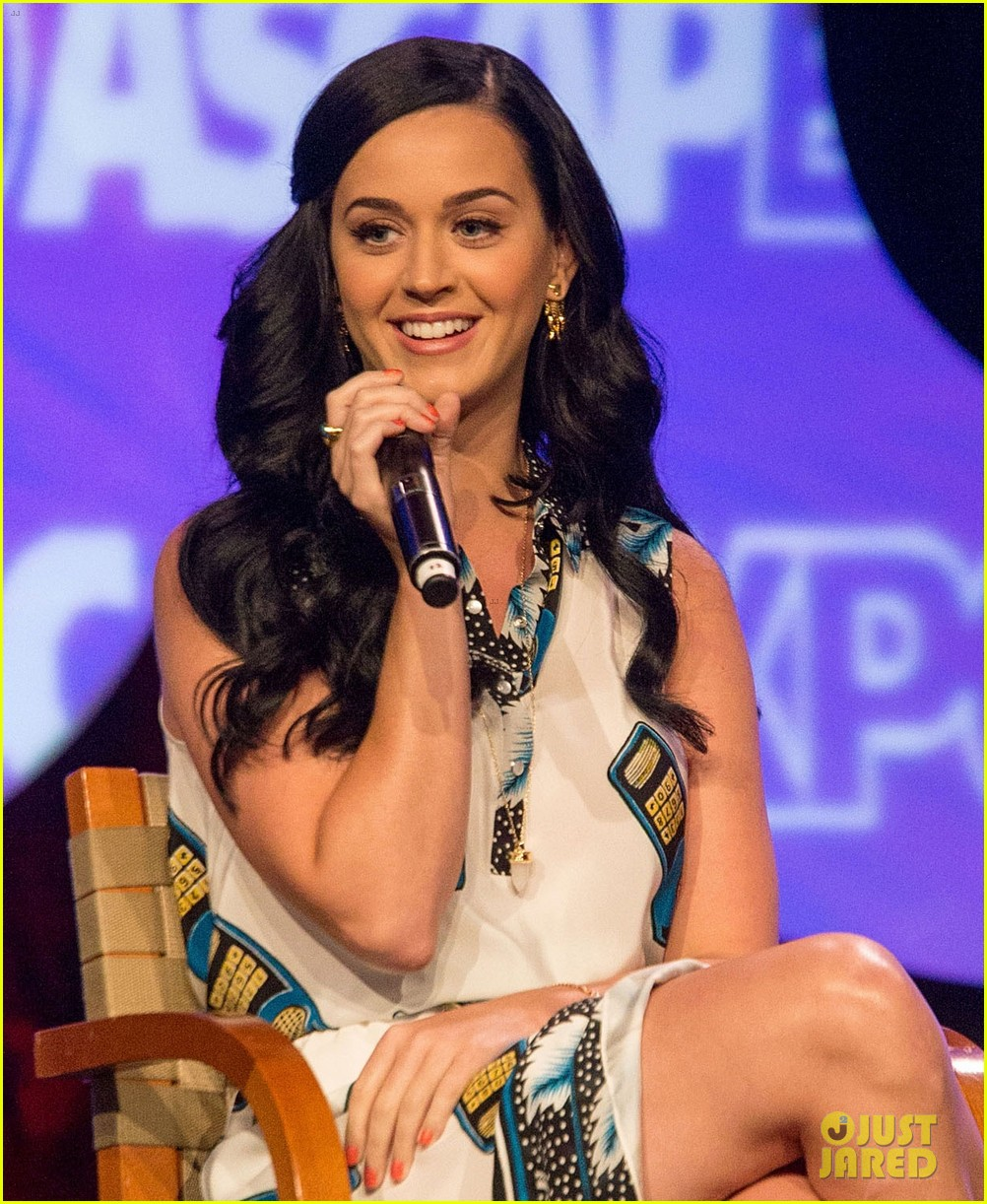 katy perry cell phone dress at ascap expo 022853119
