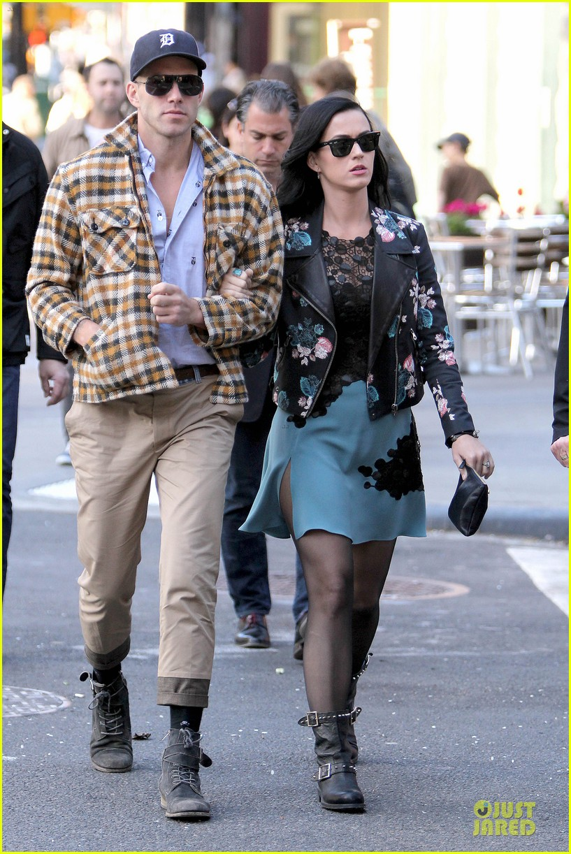 katy perry new york stroll with mystery man 072861381