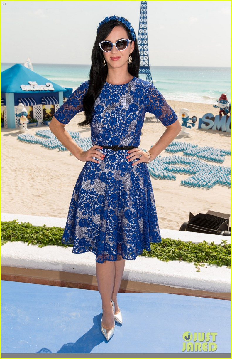 katy perry neil patrick harris smurfs 2 at summer of sony 012855730