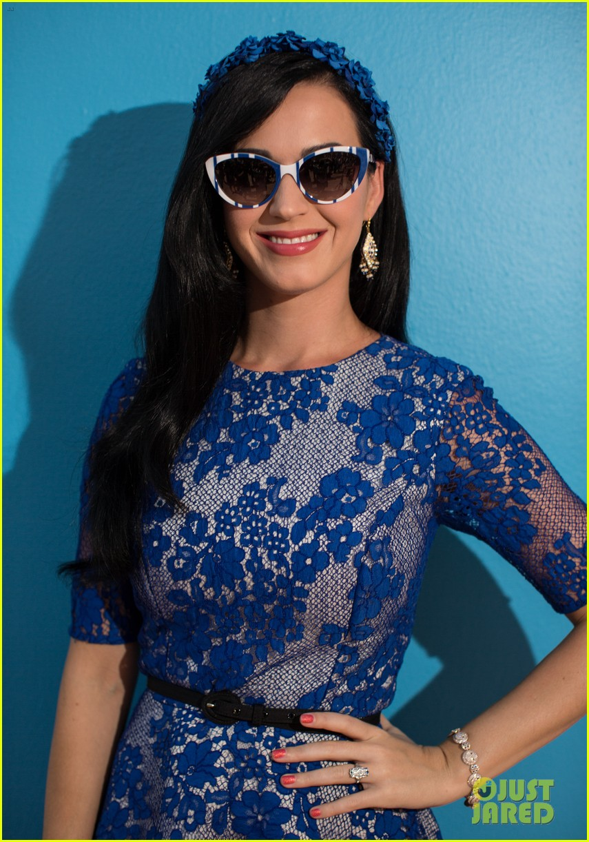 katy perry neil patrick harris smurfs 2 at summer of sony 122855741