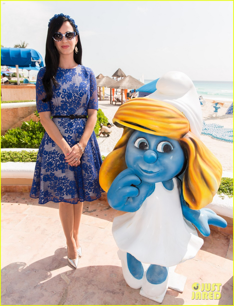 katy perry neil patrick harris smurfs 2 at summer of sony 132855742