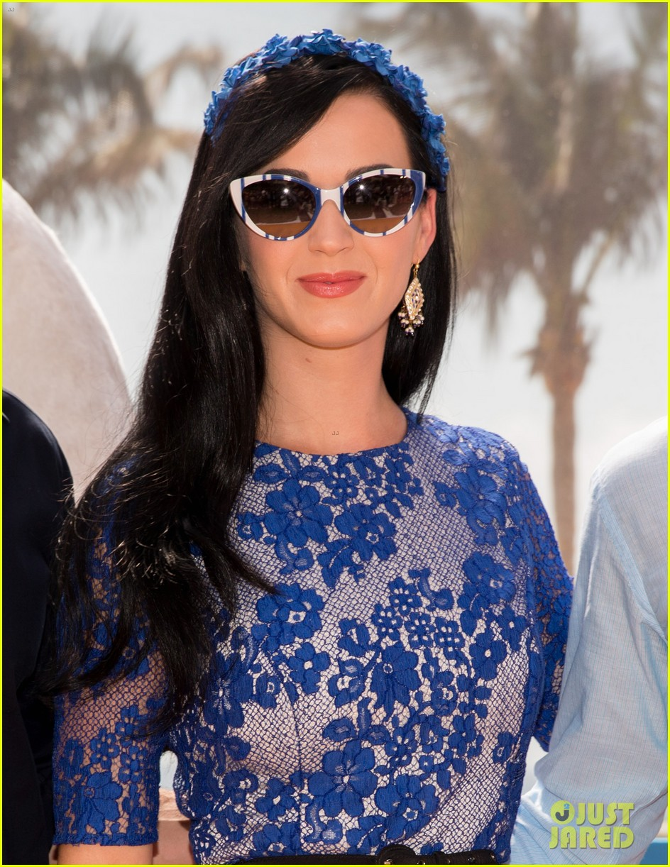 katy perry neil patrick harris smurfs 2 at summer of sony 162855745