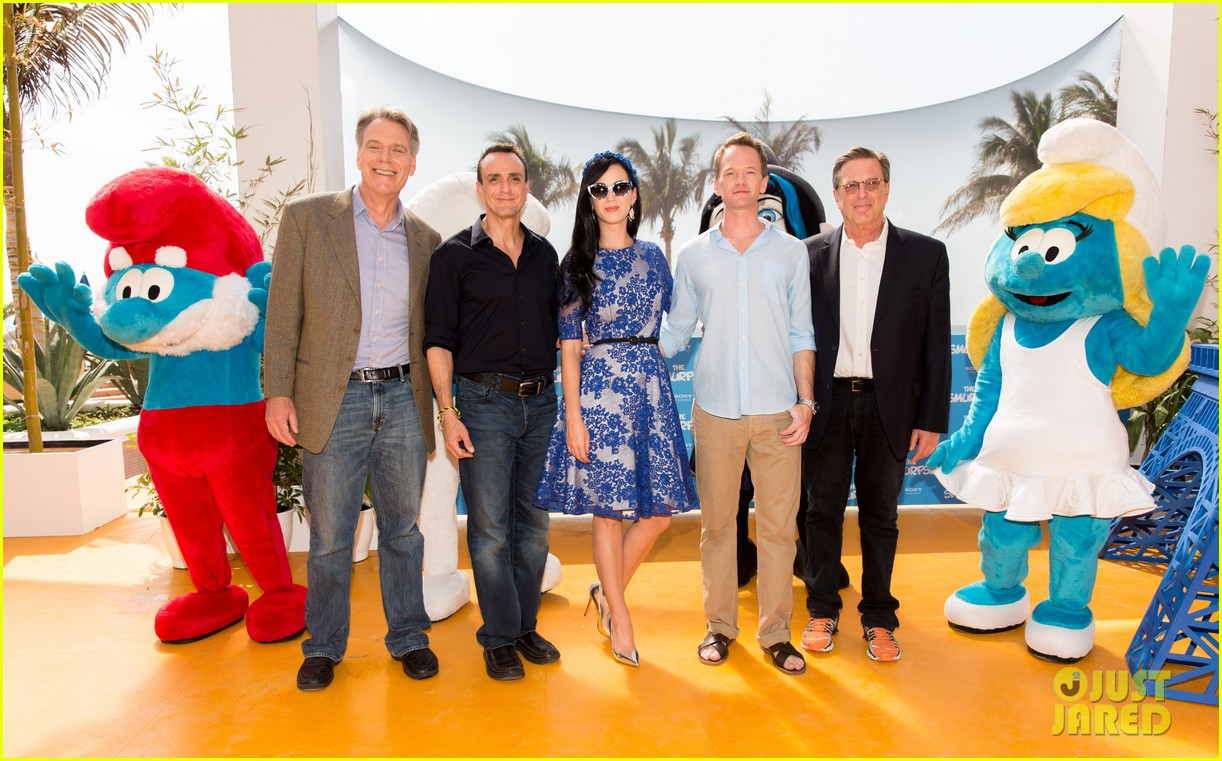 katy perry neil patrick harris smurfs 2 at summer of sony 192855748