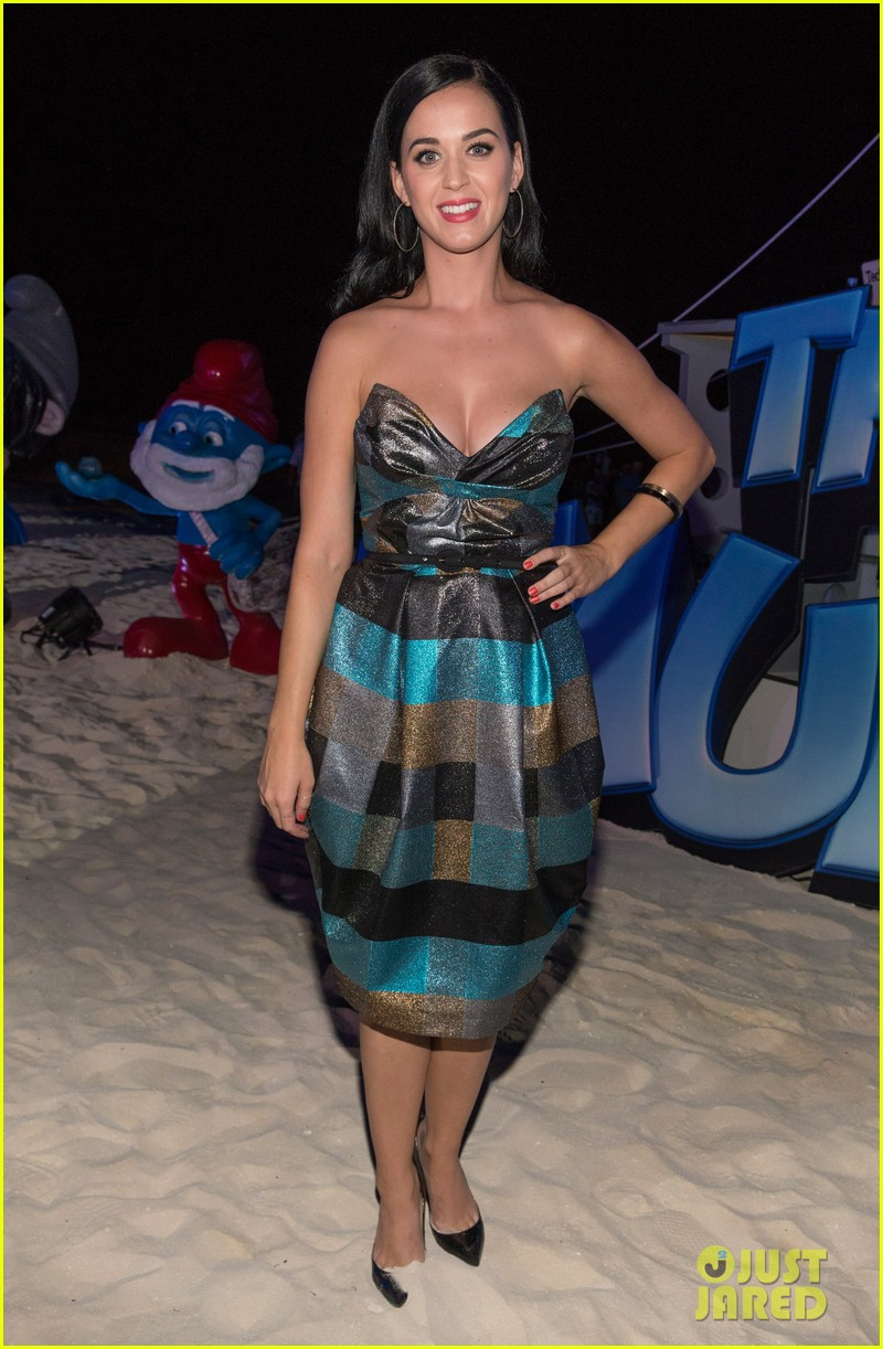 katy perry smurfs 2 summer of sony party 092856588