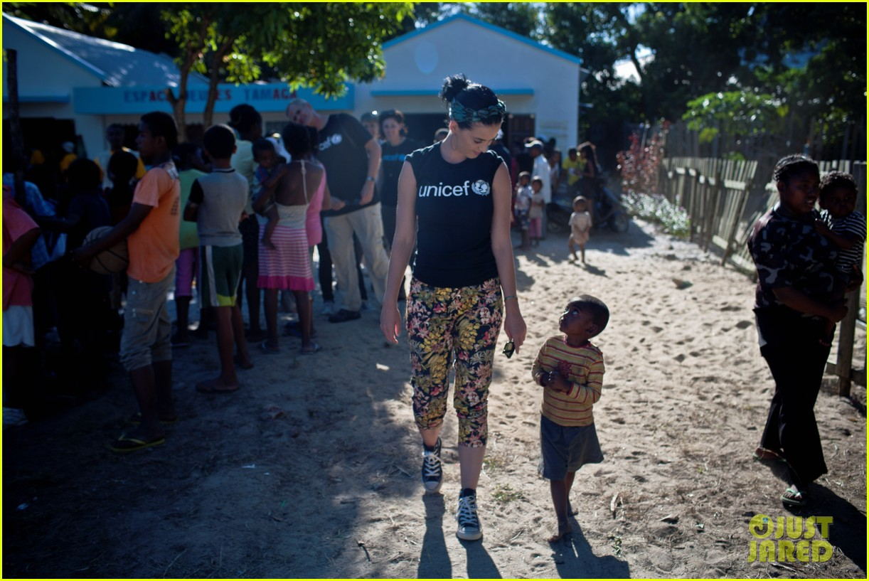 katy perry madagascar visit for unicef 052845524