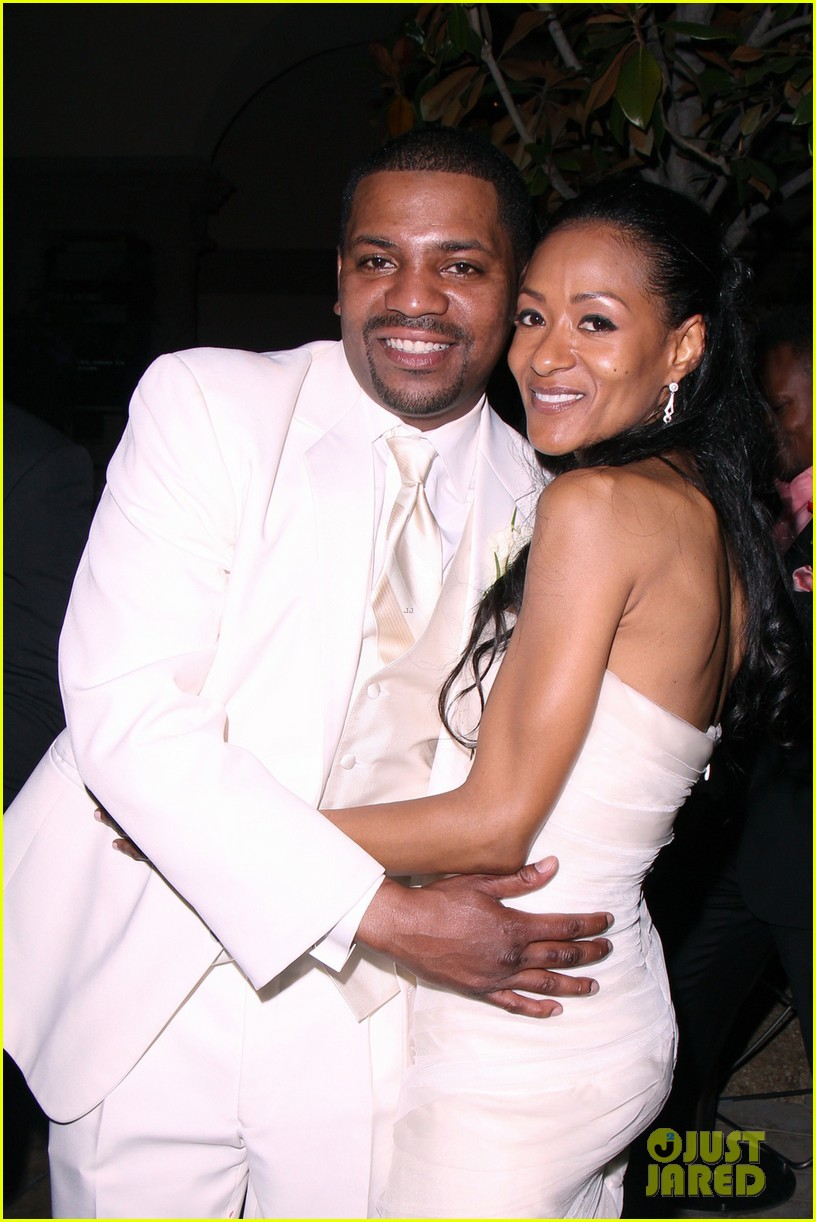 mekhi phifer wedding photos with reshelet barnes 02