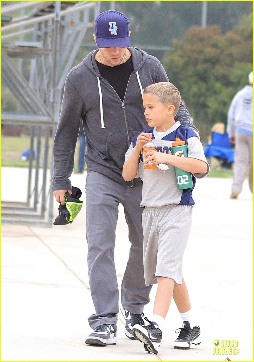 ryan phillippe cowboys soccer game with deacon 082849725
