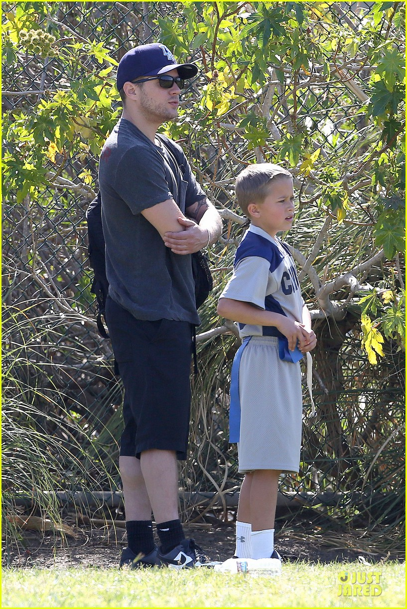 ryan phillippe deacon football game supporter 112854187